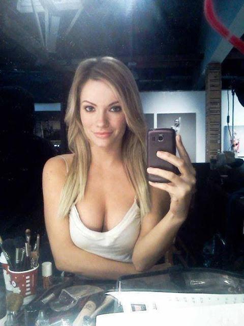 hot naked brunettes blowjob