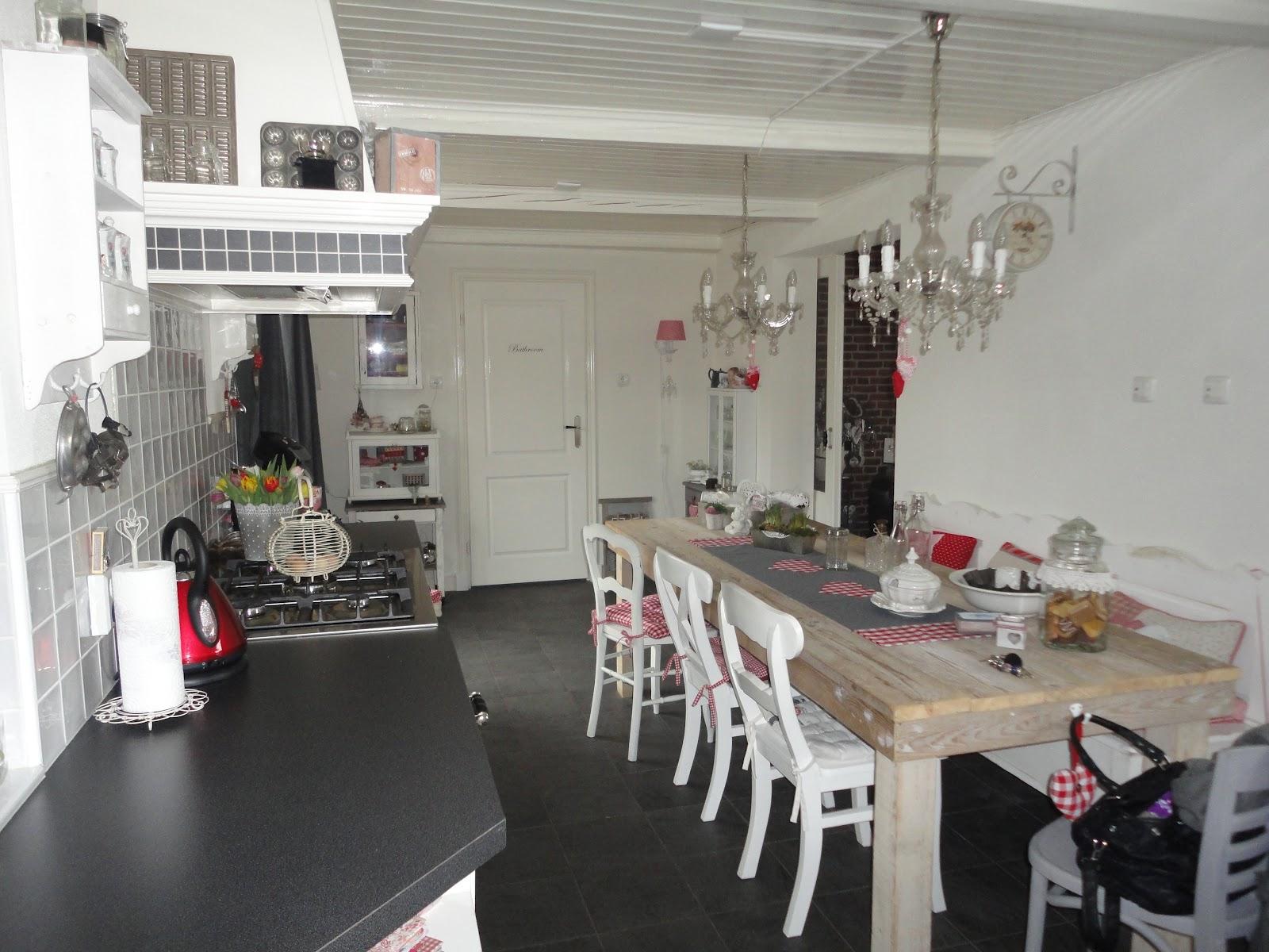 brocante keuken hangkastjes : Brocante Keuken Awesome Keuken En Kookboeken With Brocante Keuken