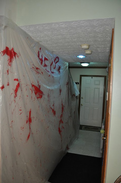The Party Hostess Scary Blood Spatter Halloween Decoration