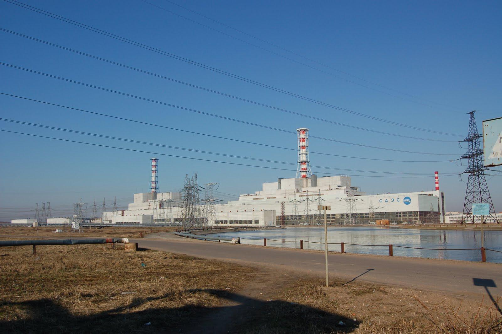 http://1.bp.blogspot.com/-h3wmgbnppuw/TjK6HKvBO6I/AAAAAAAAA4I/gPHomR3nLOg/s1600/Smolensk_Nuclear_Power_Plant.jpg