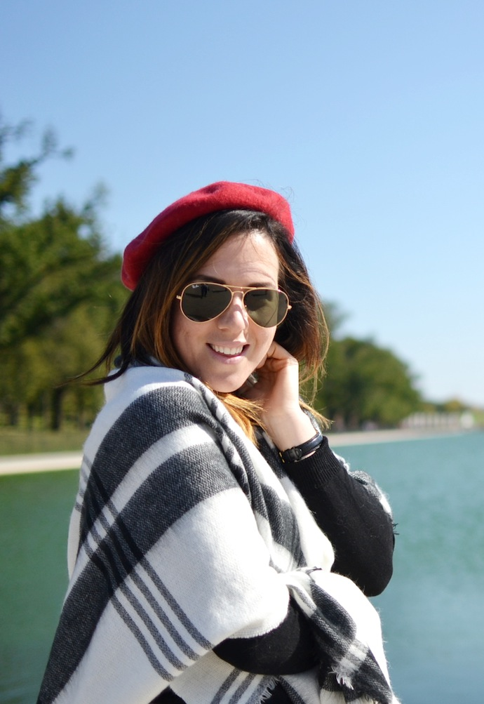 Le Chateau blanket scarf fashion blogger travel must-have