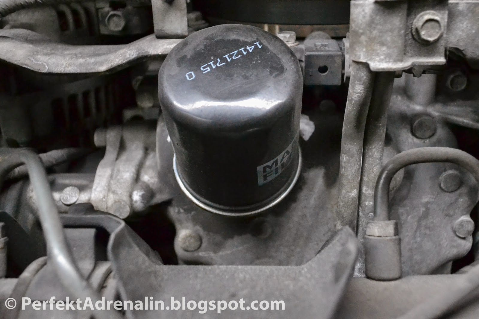 Perfektadrenalin diy infiniti qx4 nissan pathfinder oil change locate oil filter view picture below for reference vanachro Gallery