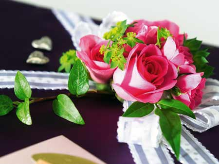 Gifts and flowers to send to your Russian girl or hot Ukrainian girl