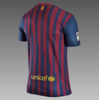 barcelona fc 2011 kit. These are the specifications of the Barcelona Nike 2011/12 home shirt from the American sportswear giant#39;s