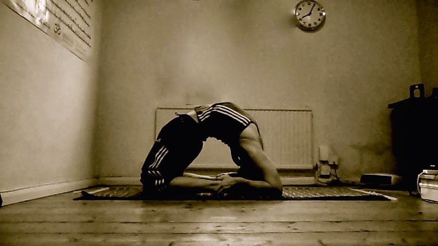 Slow Ashtanga... at home ( in Osaka)