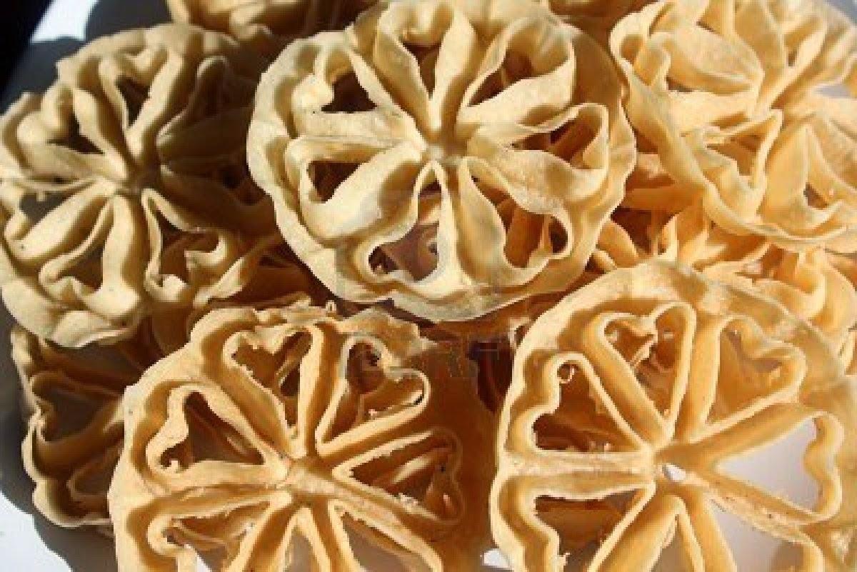 Resep Kue Kering Kembang Goyang Renyah Enak, kue saroja, kue seroja