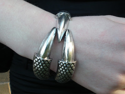 OASAP Claw Bracelet