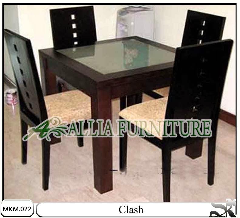 Set meja makan model minimalis Clash