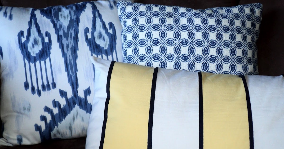 Living in the Rain Garden: How to Make Decorative Pillow Covers