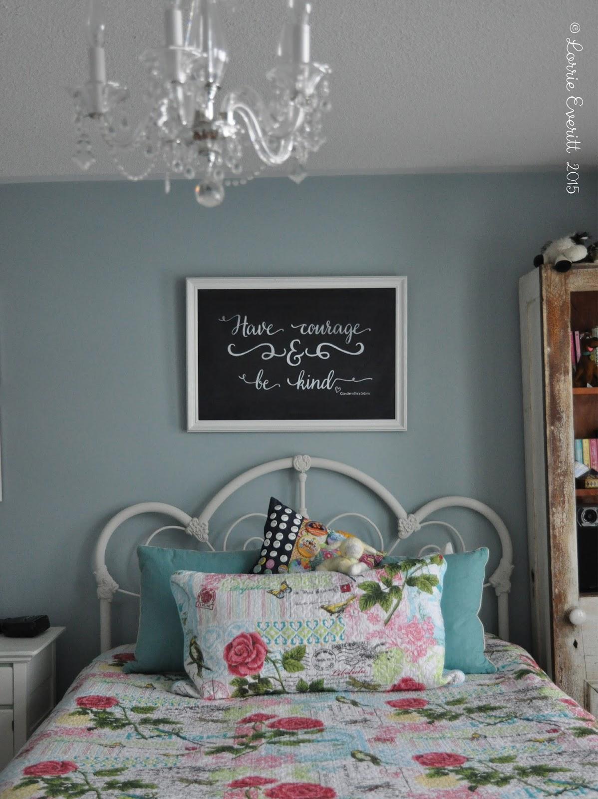 chalkboard art with quote from Disney Cinderella movie | Lorrie Everitt Studio