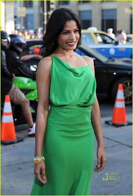 "Freida Pinto @ ""Rise of the Planet of the Apes"" Premiere !"