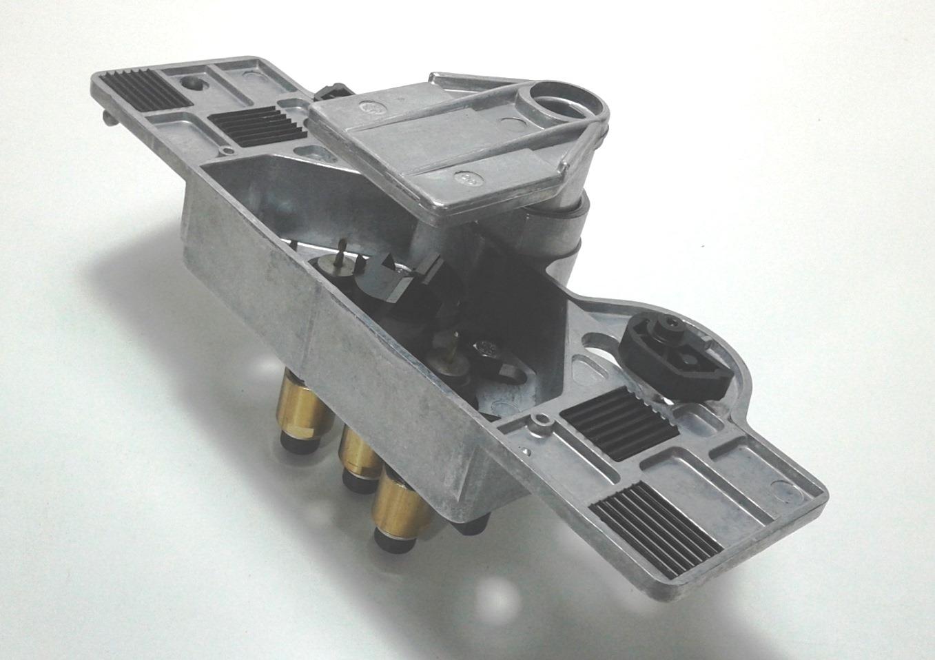 Costruiamo i mobili la costruzione del mobile 4 for Dima per cerniere wurth