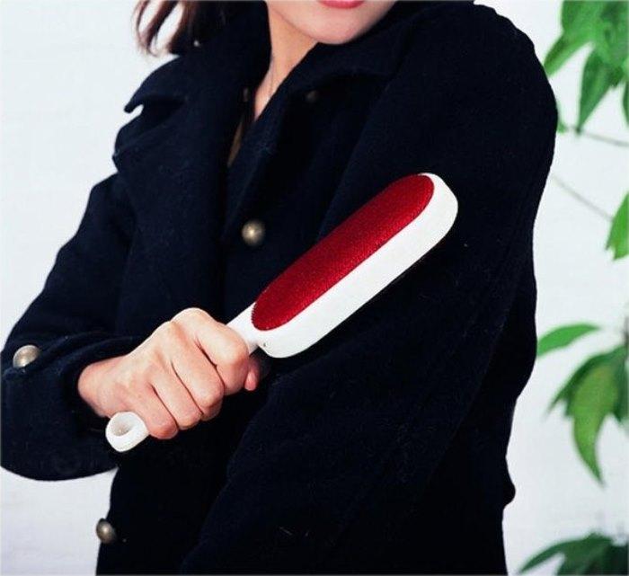 Как почистить пальто от катышек в домашних условиях