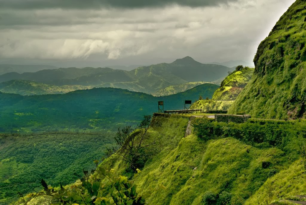 20 Best Hill Stations In India Popular Hill Stations For Holidays In India Luxury Travel Blog