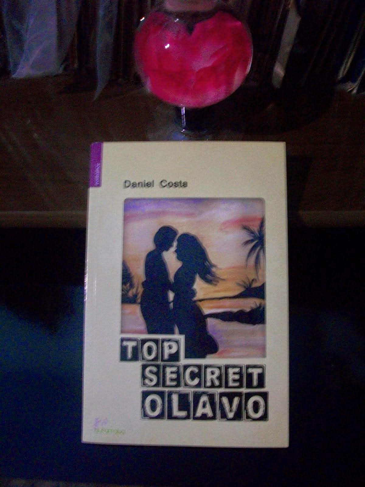 Mais um belo exemplar do escritor Daniel Costa.