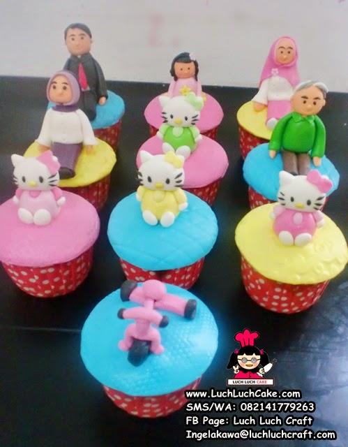 Cupcake Keluarga Souvenir Ulang Tahun