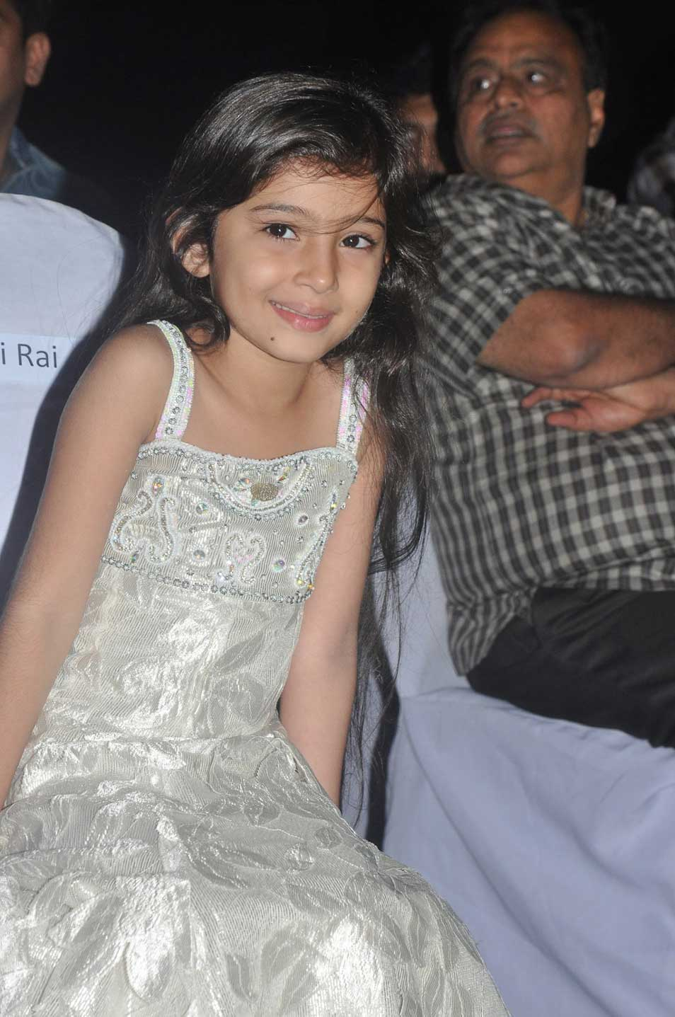 Thandavam audio launch Stills