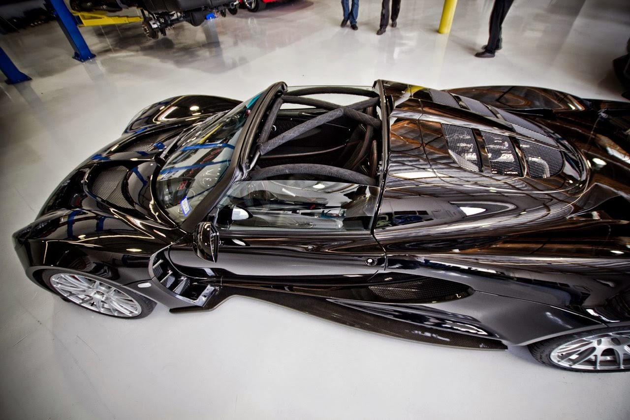 Hennessey Venom GT Spyder صور سيارات: هينيسي فينوم جي تي سبايدر أسوداء