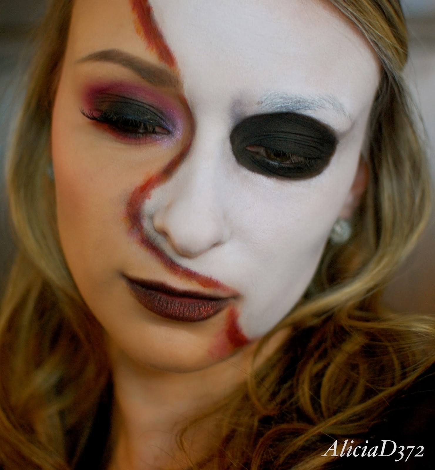 AliciaD372 : Halloween Tutorial: Phantom of the Opera!
