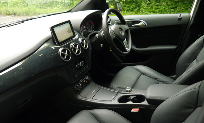 Mercedes-Benz B-Class front interior