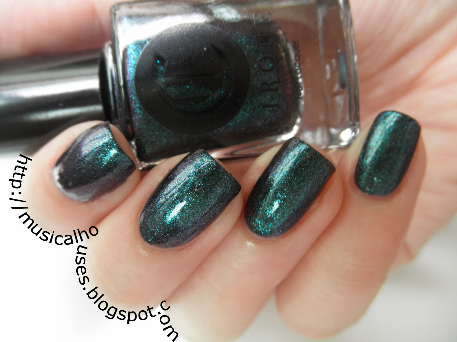 Cirque Epoch Review and Swatch: Deep, dark duochrome nail polish ...