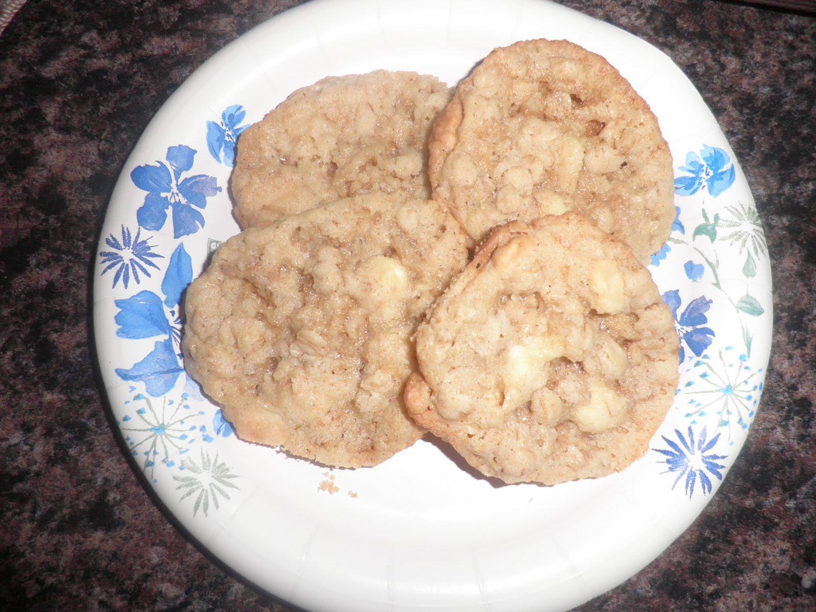 Crispy Salted White Chocolate Oatmeal Cookies