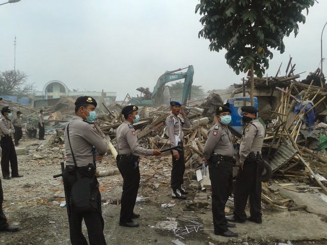 Pembongkaran Kios dan Lapak di Terminal Kota Depok Kondusif
