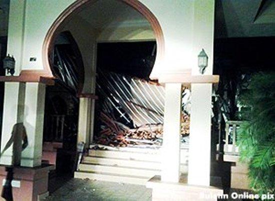 12 jemaah lalui detik cemas bumbung masjid runtuh