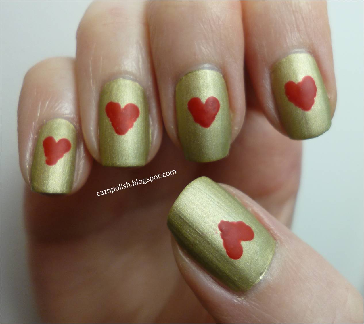 caz 'n' polish | Heart Nail Art