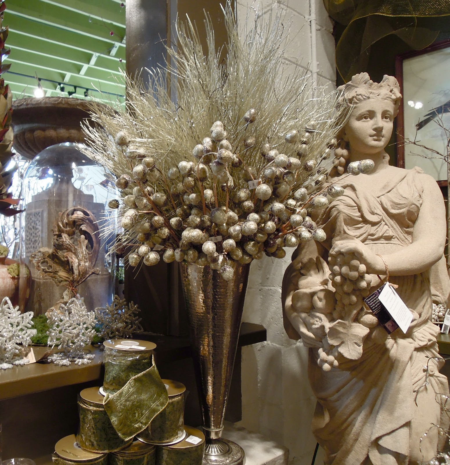 Antiqueaholics: Holiday Inspirations from Detroit Garden Works