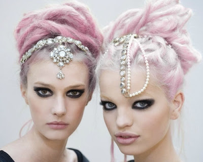 pastel makeup look, pastel hair, pastel look, pastel colors in fashion, pastel beauty, pastel colored hair, candy cotton pink hair