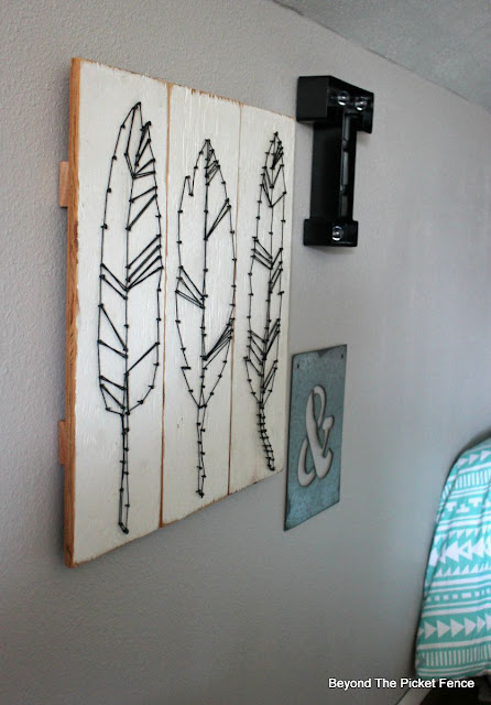 string art, Target, feathers, DIY, http://bec4-beyondthepicketfence.blogspot.com/2015/08/knock-off-target-string-art.html