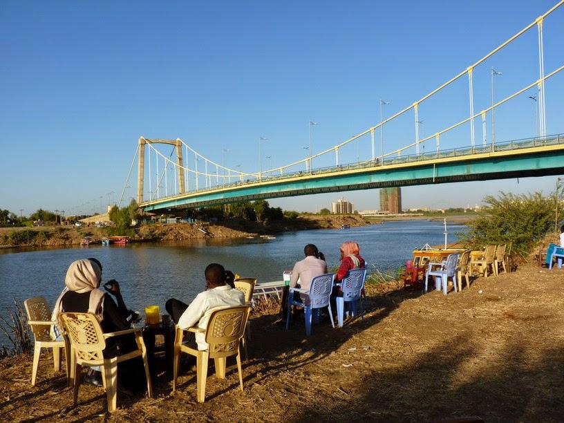 Ribera del Nilo azul.