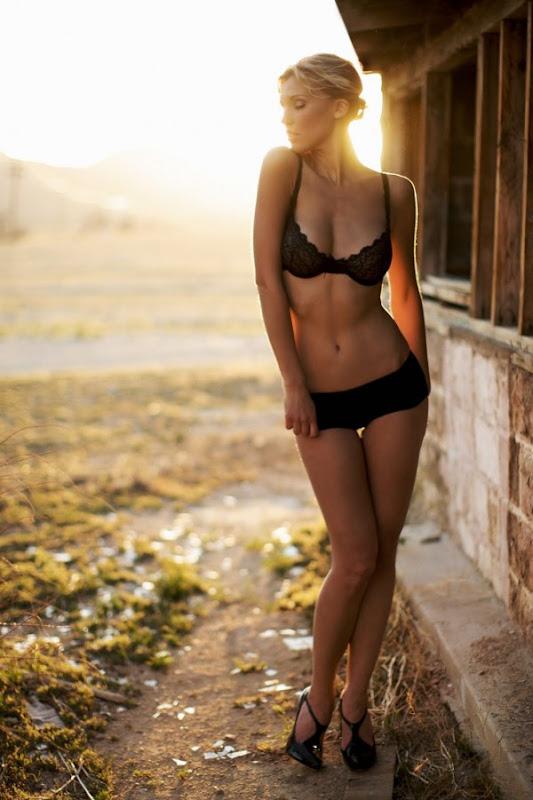 Amanda Paige Nude Photos 42