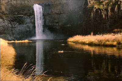 Palouse Falls bottom of falls pool.