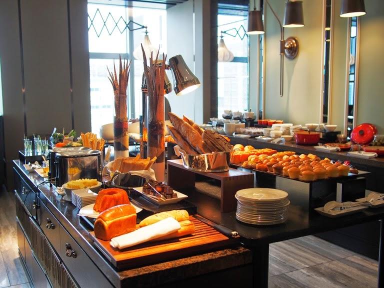 shangri la tokyo breakfast