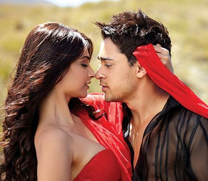 Hate love story romantic ihls main