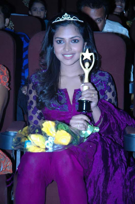 amala paul at edison awards sa cute stills