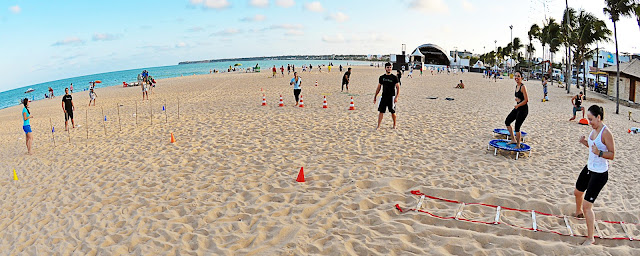 Adote o treinamento funcional na areia