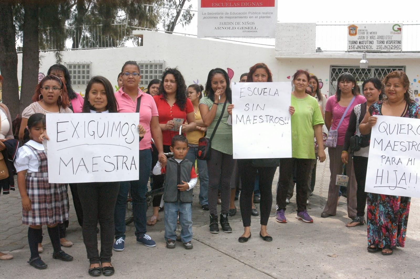 Cronista en la pol tica madres exigen profesores en for Jardin 7 hermanos ecatepec