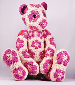 Lollo  African  Flower  Bear  Pattern        Click  to  Buy  Now