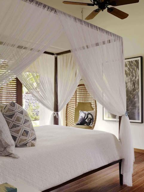 Tropical Classic Hawaiian Cloister House 9