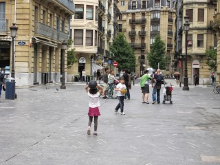 shared streets for children to play