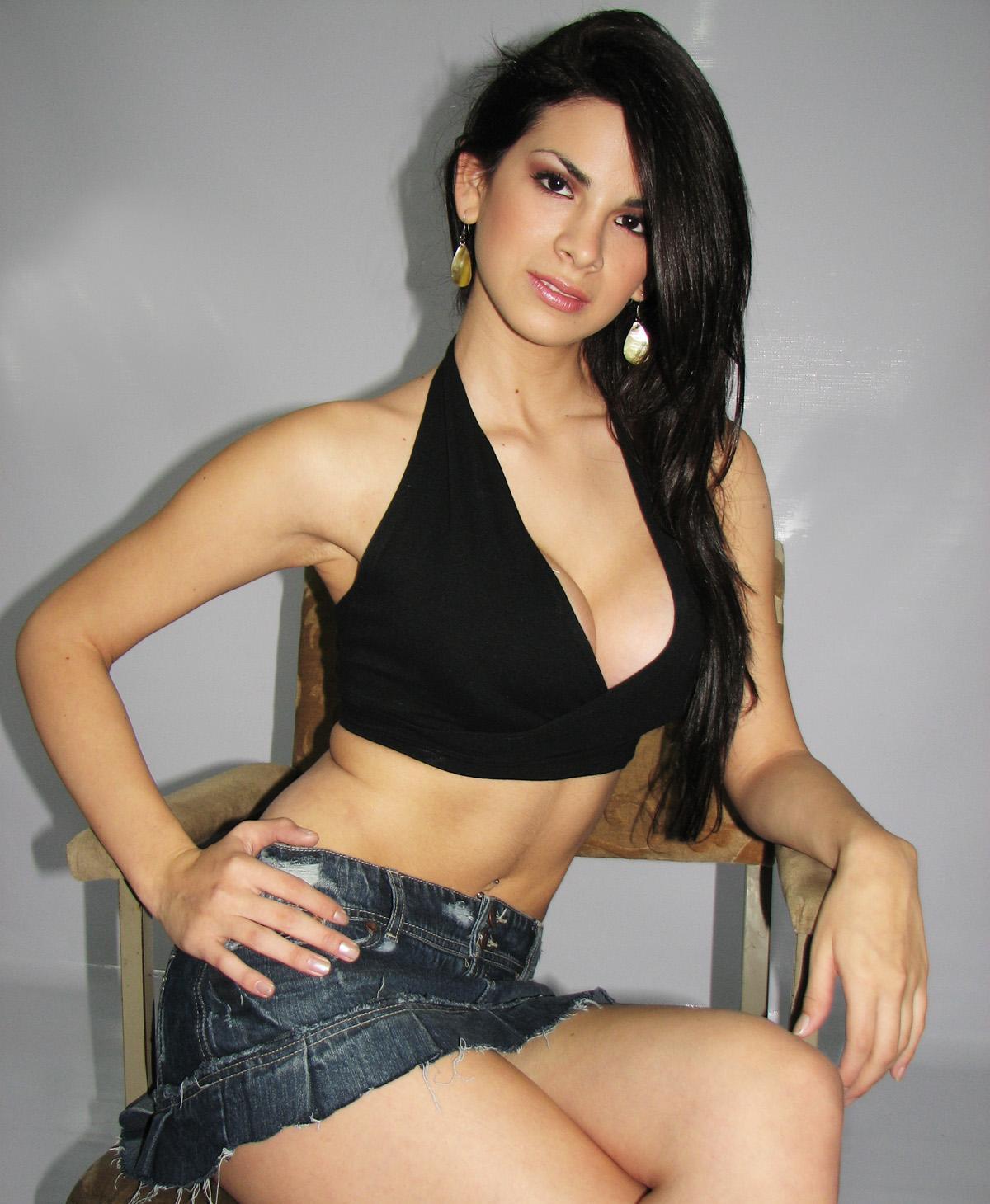 http://1.bp.blogspot.com/-h7vMc-EMFRM/UOgjzs3Sg_I/AAAAAAAAFLM/wM_eX5oejCo/s1600/sully_01_big.jpg