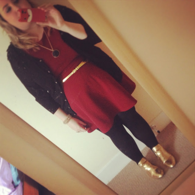 Primark wine dress outfit with gold and black accessories
