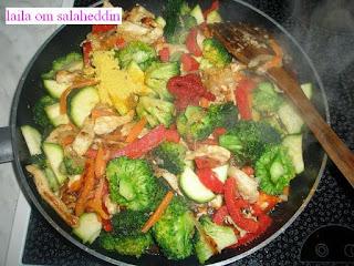 طريقة تحضير الروز بالدجاج والخضر صحي ولذيذ بالصور