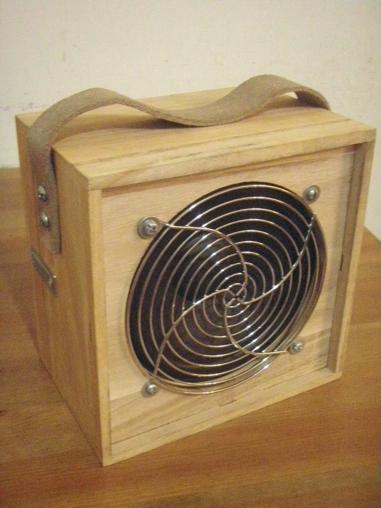 Building a Noisy Cricket Mk II Amp and Mini Speaker Cabinet | DIY ...