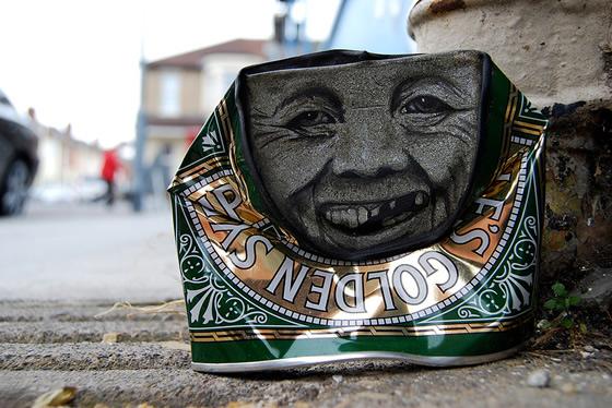 Arte em latas de alimentos