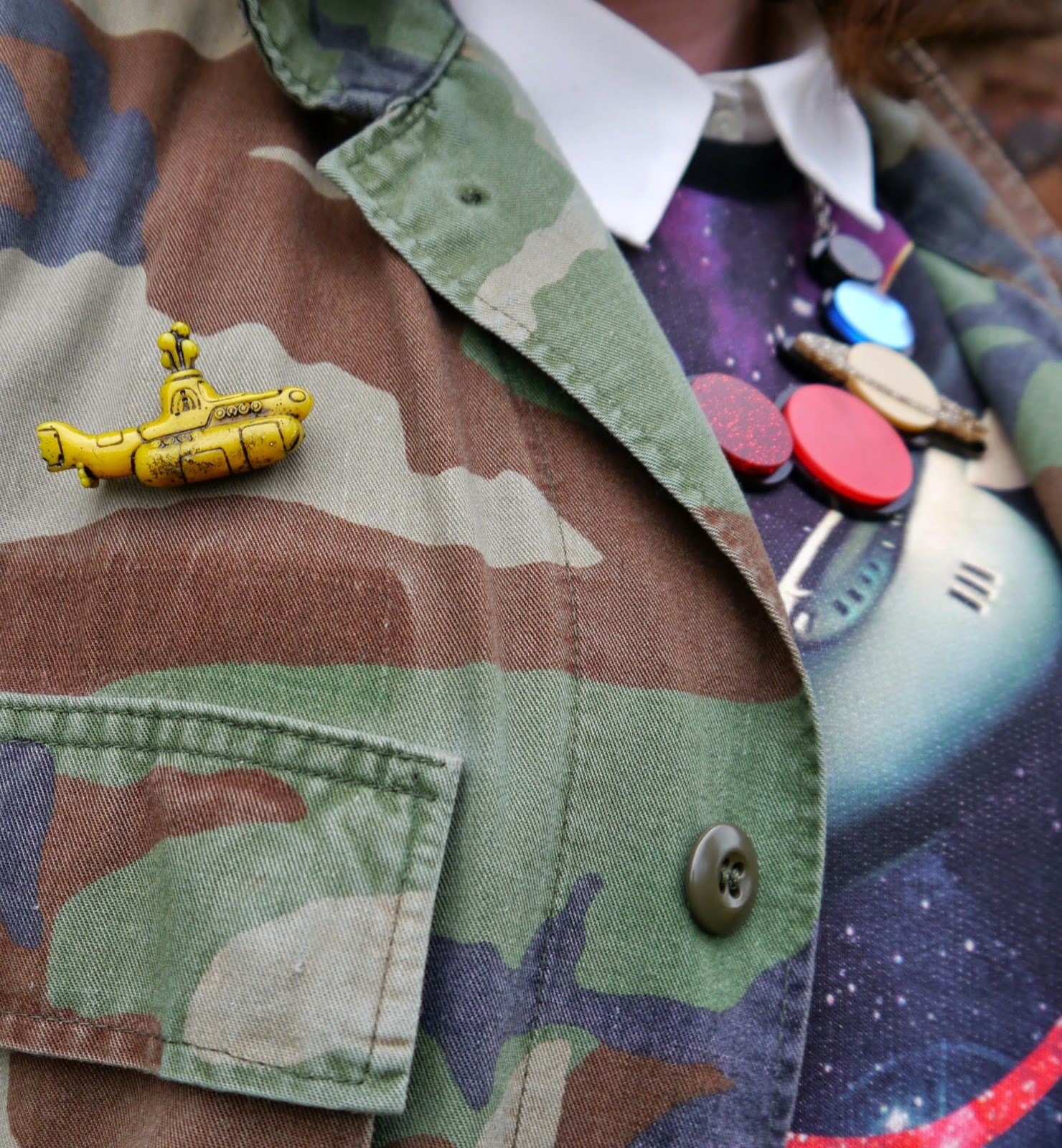 Be Our Guest, Guest Post, Little Sister, Scottish Blogger, Heather Mac, Mac In Your Face, Space Style, Topshop space jumper, Sugar & Vice space necklace, Lunan bay, Red Castle, Scotalnd, outfit post, yellow submarine brooch, Rachel Elliott glass