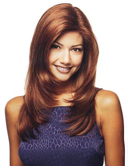 Por lo general el capeado de este tipo de peinados suele ser en forma